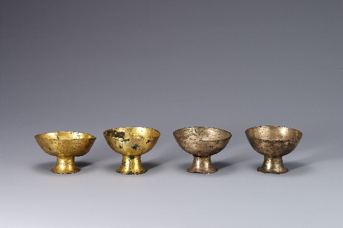 Sarira Reliquary from Three-Storied Pagoda of Hwangboksa Temple Site(Cups with Curved Foot) image