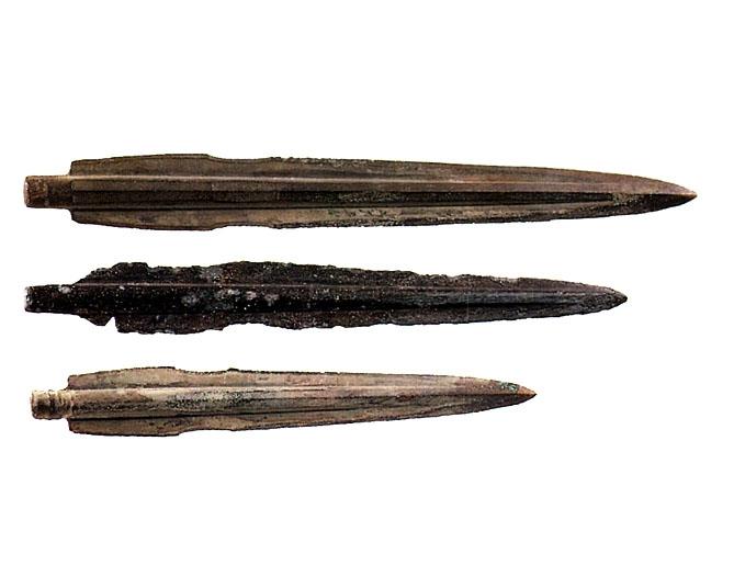 Bronze Artifacts from Daegok-ri, Hwasun (Korean-type Bronze Daggers) image